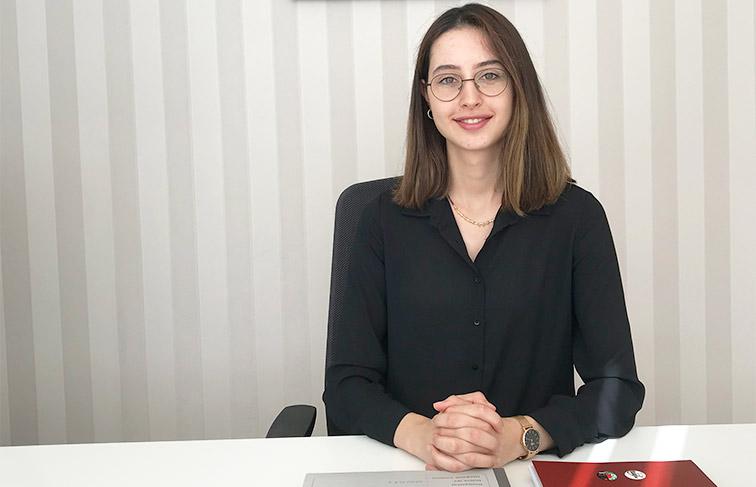 Stajyer Avukat Buse Açelya Çelgin